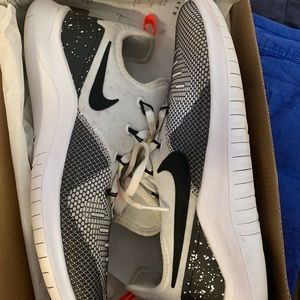 Nike sneakers size 91/2